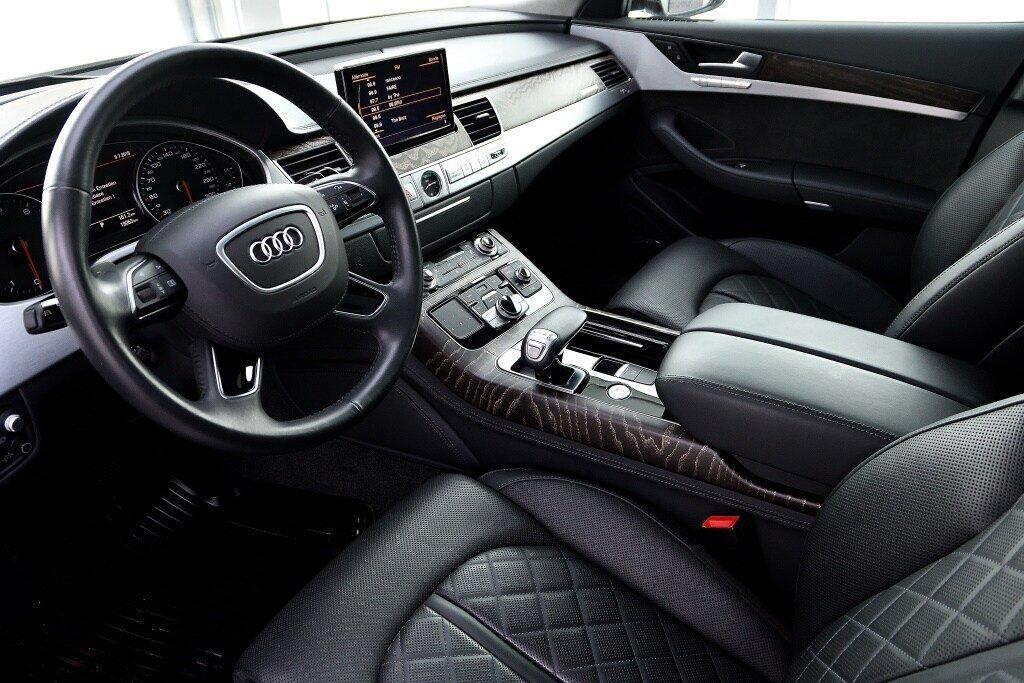Audi A8 3.0T + DRIVER ASSIST + LUXURY 2017 à St-Bruno, Québec - 12 - w1024h768px