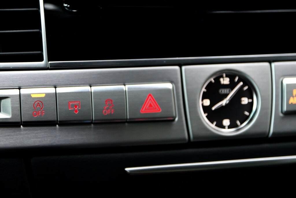 Audi A8 L 4.0T + DRIVER ASSIST + TOIT SOLAIRE 2017 à St-Bruno, Québec - 22 - w1024h768px