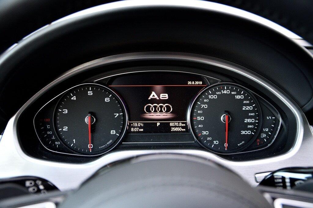 Audi A8 L 4.0T + DRIVER ASSIST + TOIT SOLAIRE 2017 à St-Bruno, Québec - 17 - w1024h768px