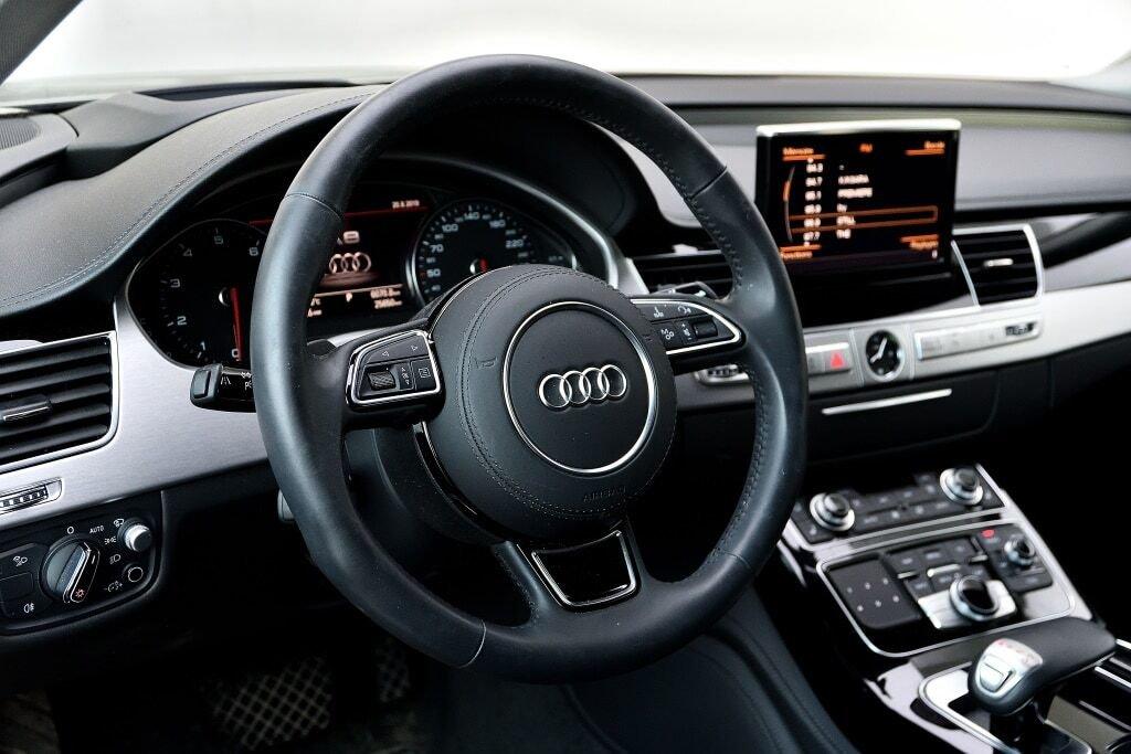 Audi A8 L 4.0T + DRIVER ASSIST + TOIT SOLAIRE 2017 à St-Bruno, Québec - 9 - w1024h768px