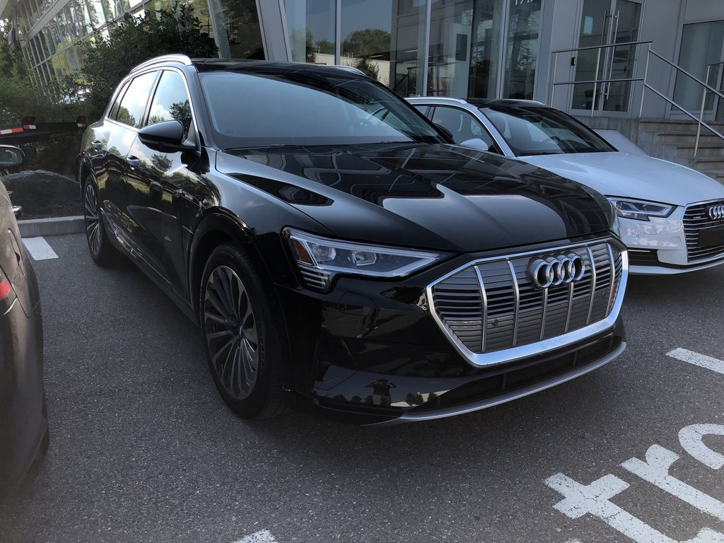 Audi E-TRON Progressiv 2019 à St-Bruno, Québec - 3 - w1024h768px