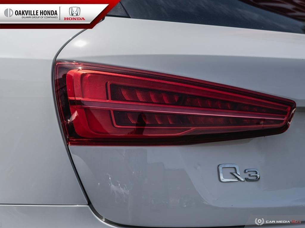 2017 Audi Q3 2.0T Komfort quattro 6sp Tiptronic in Oakville, Ontario - 11 - w1024h768px