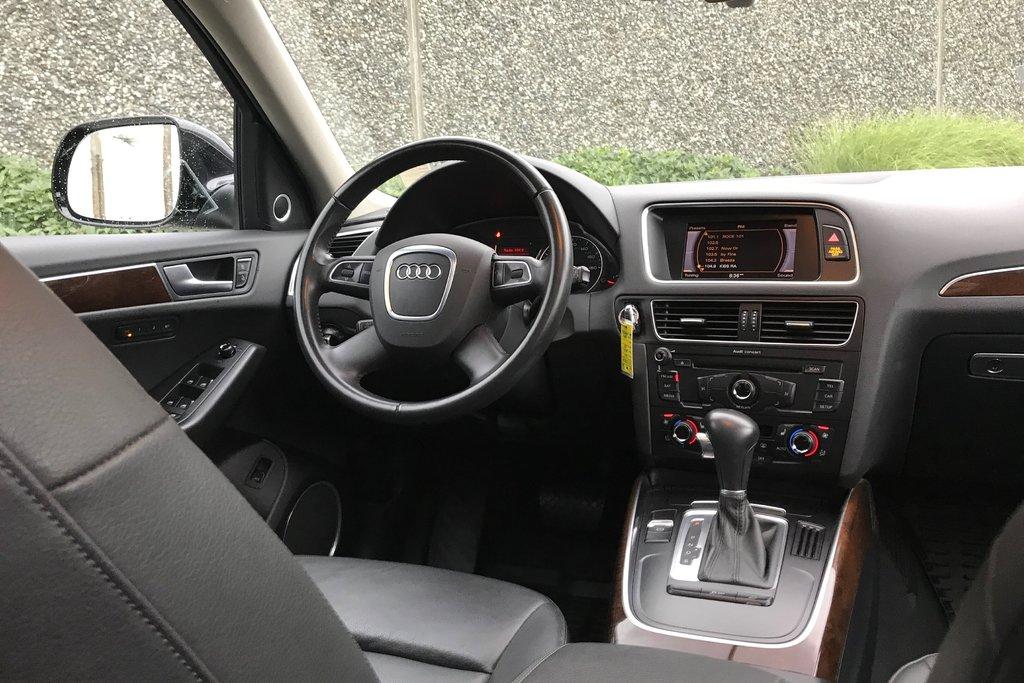2011 Audi Q5 2.0T Prem Plus Tip qtro in North Vancouver, British Columbia - 18 - w1024h768px