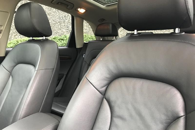 2011 Audi Q5 2.0T Prem Plus Tip qtro in North Vancouver, British Columbia - 2 - w1024h768px