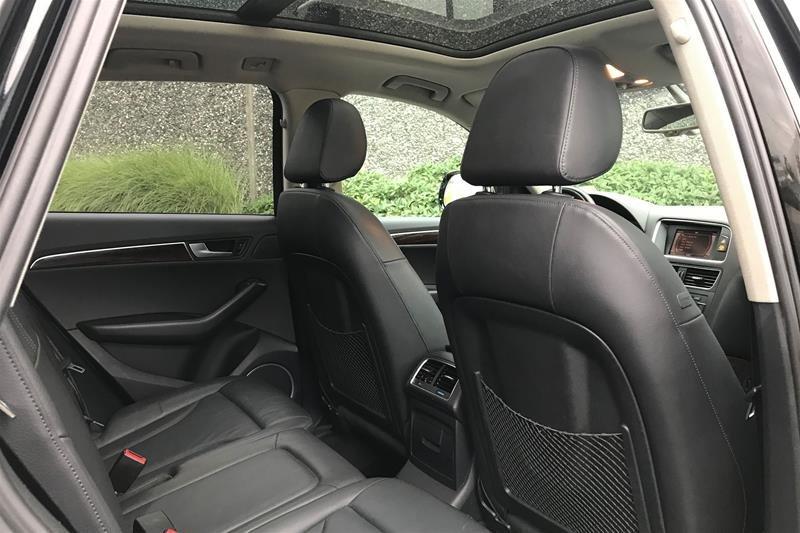2011 Audi Q5 2.0T Prem Plus Tip qtro in North Vancouver, British Columbia - 5 - w1024h768px