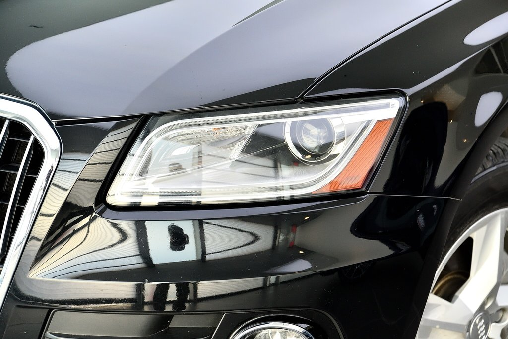 Audi Q5 KOMFORT + PARKTRONIC + 0.9% 2015 à St-Bruno, Québec - 2 - w1024h768px