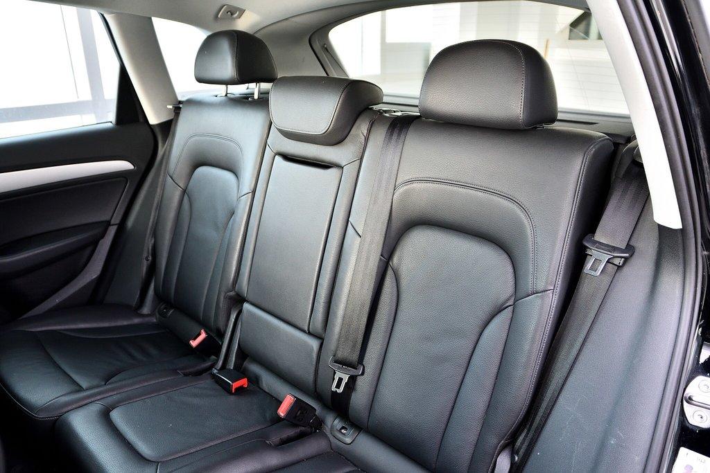 Audi Q5 KOMFORT + PARKTRONIC + 0.9% 2015 à St-Bruno, Québec - 16 - w1024h768px