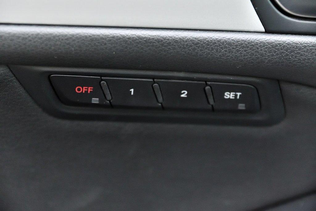 Audi Q5 KOMFORT + PARKTRONIC + 0.9% 2015 à St-Bruno, Québec - 13 - w1024h768px