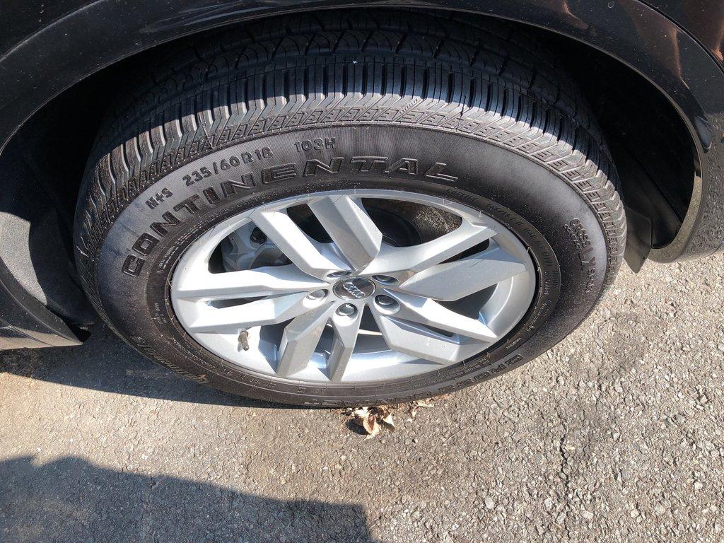 Audi Q5 Komfort 2018 à St-Bruno, Québec - 3 - w1024h768px