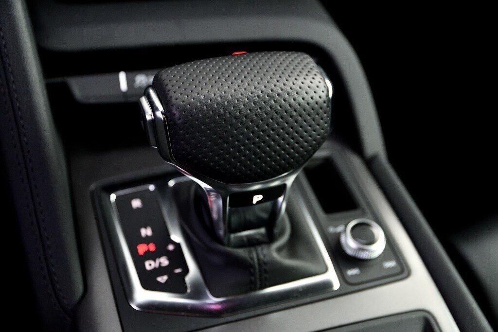 Audi R8 V10 RWS + PROPULSION + RARE 2018 à St-Bruno, Québec - 25 - w1024h768px