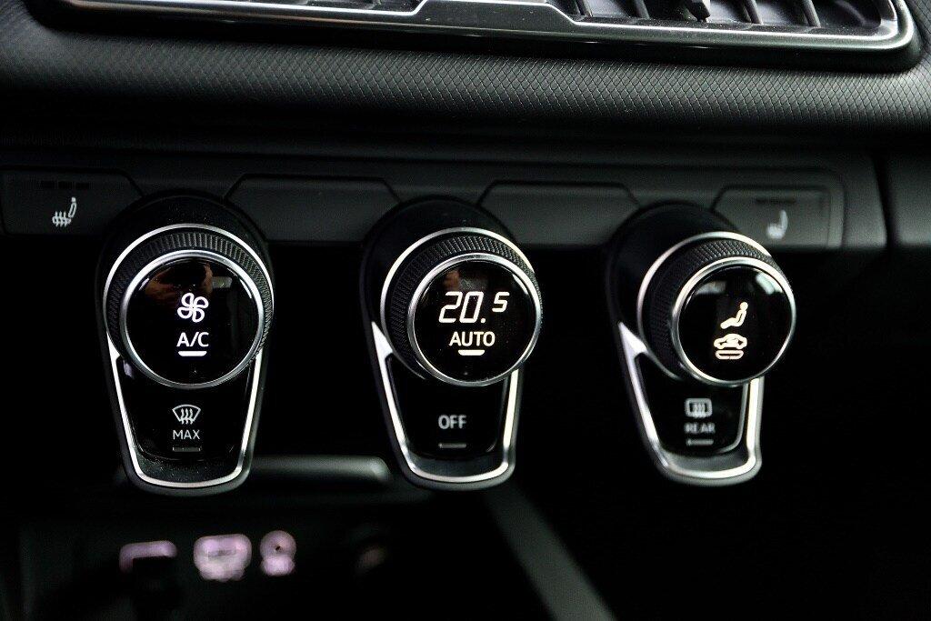 Audi R8 V10 RWS + PROPULSION + RARE 2018 à St-Bruno, Québec - 24 - w1024h768px
