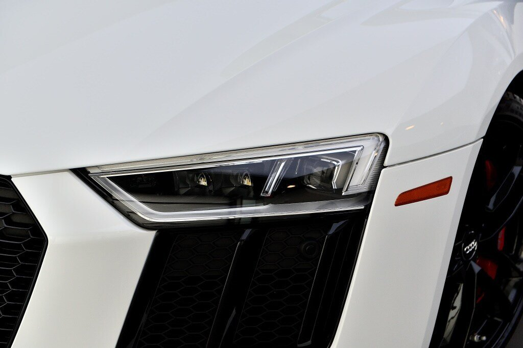 Audi R8 V10 RWS + PROPULSION + RARE 2018 à St-Bruno, Québec - 2 - w1024h768px