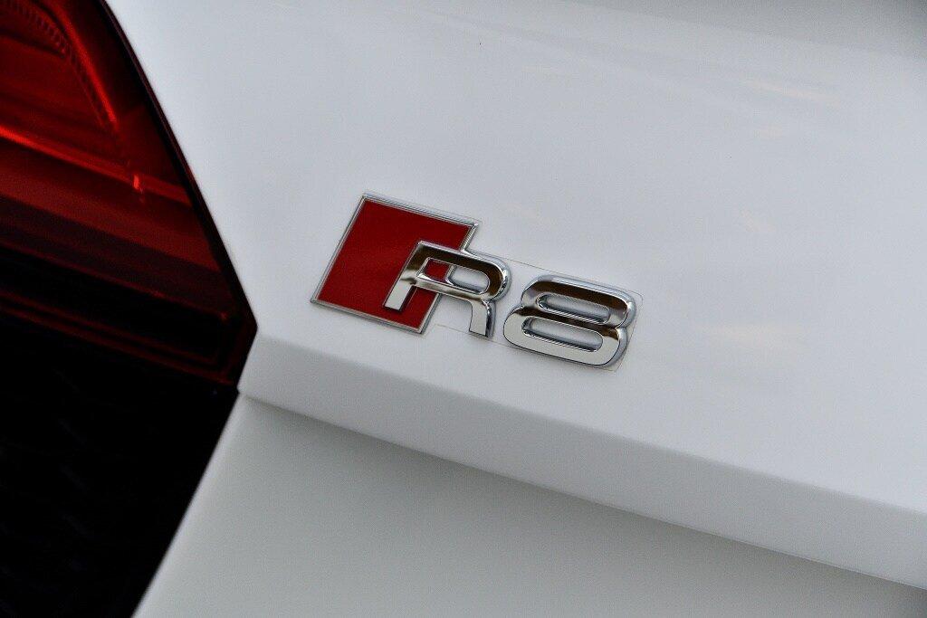 Audi R8 V10 RWS + PROPULSION + RARE 2018 à St-Bruno, Québec - 8 - w1024h768px