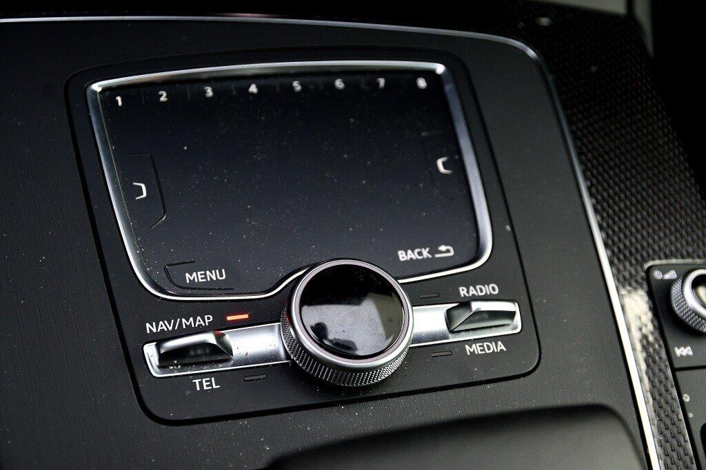 Audi SQ5 PROGRESSIV + LA PLACE POUR UN SQ5 2018 à St-Bruno, Québec - 28 - w1024h768px