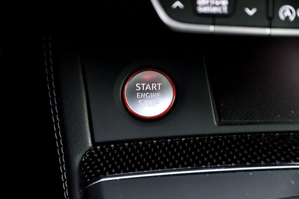 Audi SQ5 PROGRESSIV + LA PLACE POUR UN SQ5 2018 à St-Bruno, Québec - 27 - w1024h768px
