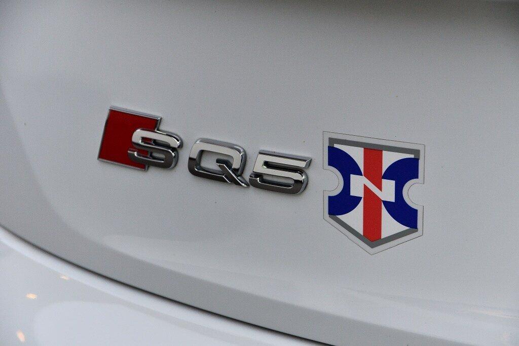 Audi SQ5 PROGRESSIV + LA PLACE POUR UN SQ5 2018 à St-Bruno, Québec - 9 - w1024h768px