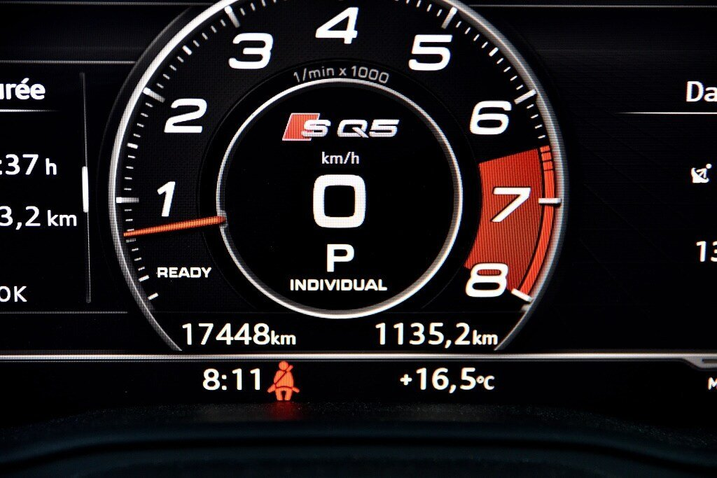 Audi SQ5 TECHNIK + LA PLACE POUR UN SQ5 2018 à St-Bruno, Québec - 21 - w1024h768px