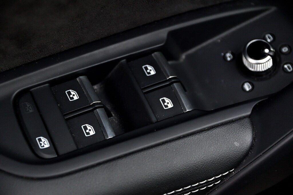 Audi SQ5 TECHNIK + LA PLACE POUR UN SQ5 2018 à St-Bruno, Québec - 14 - w1024h768px