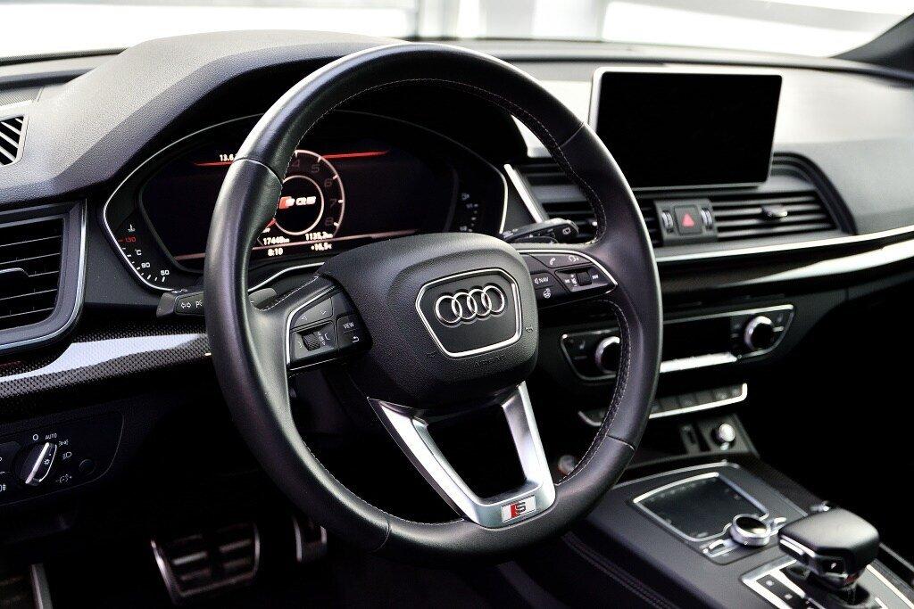 Audi SQ5 TECHNIK + LA PLACE POUR UN SQ5 2018 à St-Bruno, Québec - 11 - w1024h768px