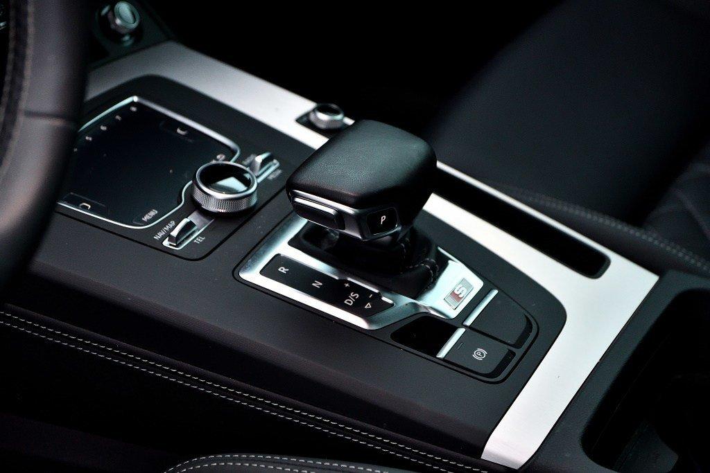 Audi SQ5 PROGRESSIV + MOINS CHÈRE + 0.9% 2018 à St-Bruno, Québec - 12 - w1024h768px