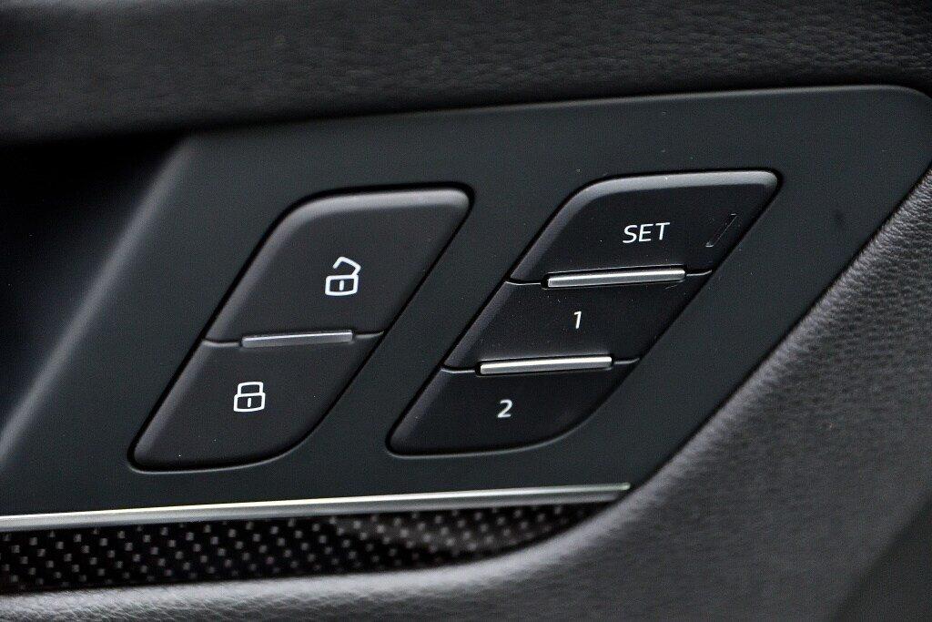 Audi SQ5 PROGRESSIV + PRIX FOU + CARBONE 2018 à St-Bruno, Québec - 15 - w1024h768px