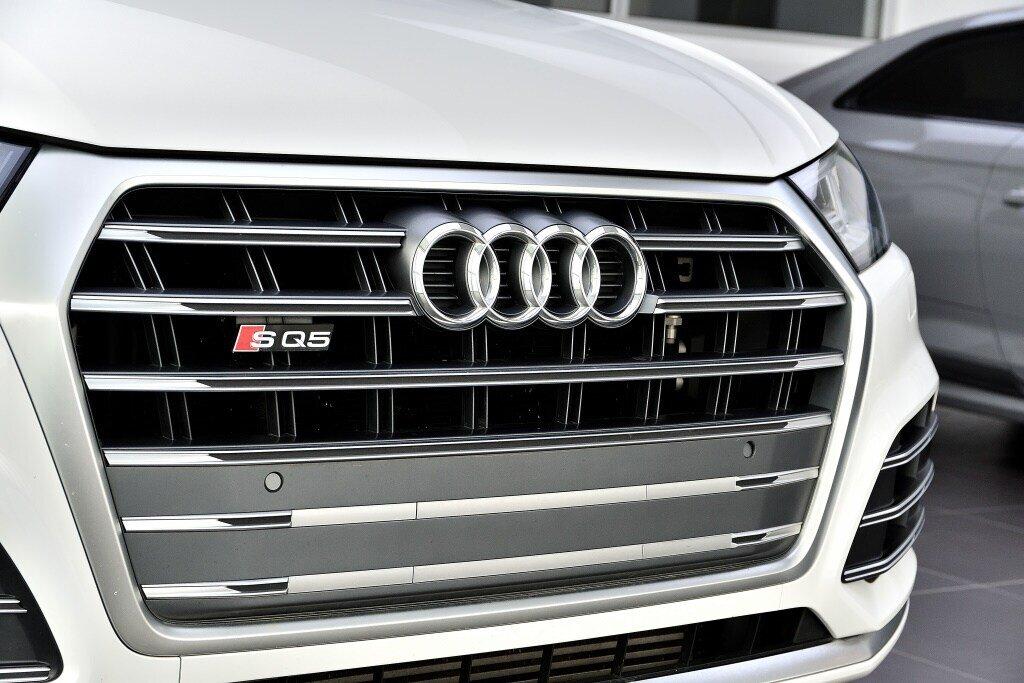 Audi SQ5 PROGRESSIV + PRIX FOU + CARBONE 2018 à St-Bruno, Québec - 3 - w1024h768px