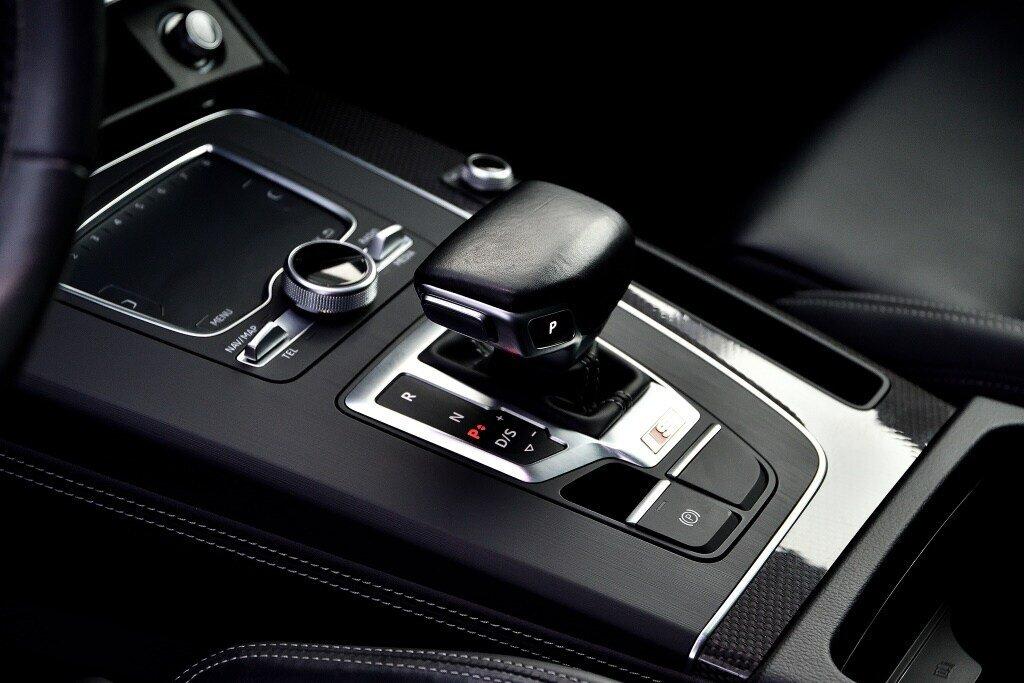 Audi SQ5 PROGRESSIV + PRIX FOU + CARBONE 2018 à St-Bruno, Québec - 13 - w1024h768px