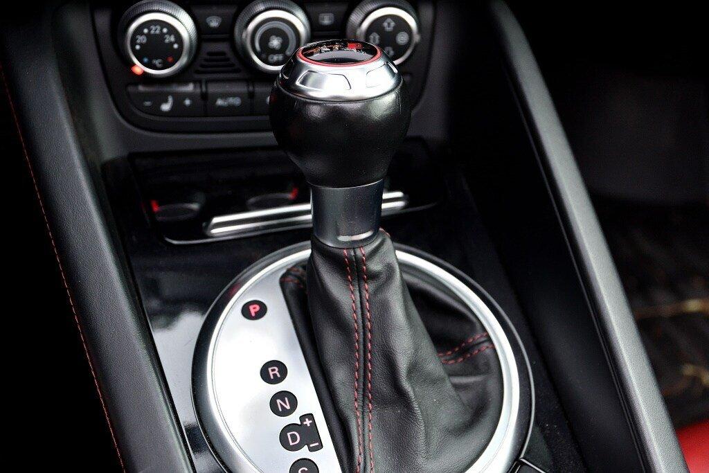 Audi TTS ROADSTER + BLACK OPTICS + RARE 2014 à St-Bruno, Québec - 19 - w1024h768px