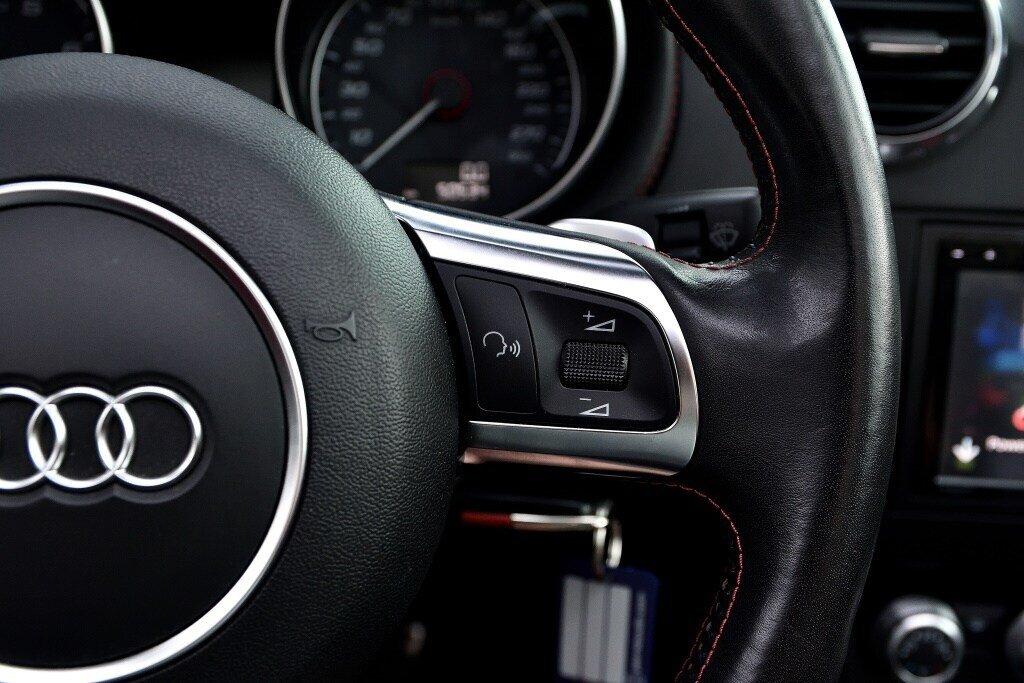Audi TTS ROADSTER + BLACK OPTICS + RARE 2014 à St-Bruno, Québec - 21 - w1024h768px