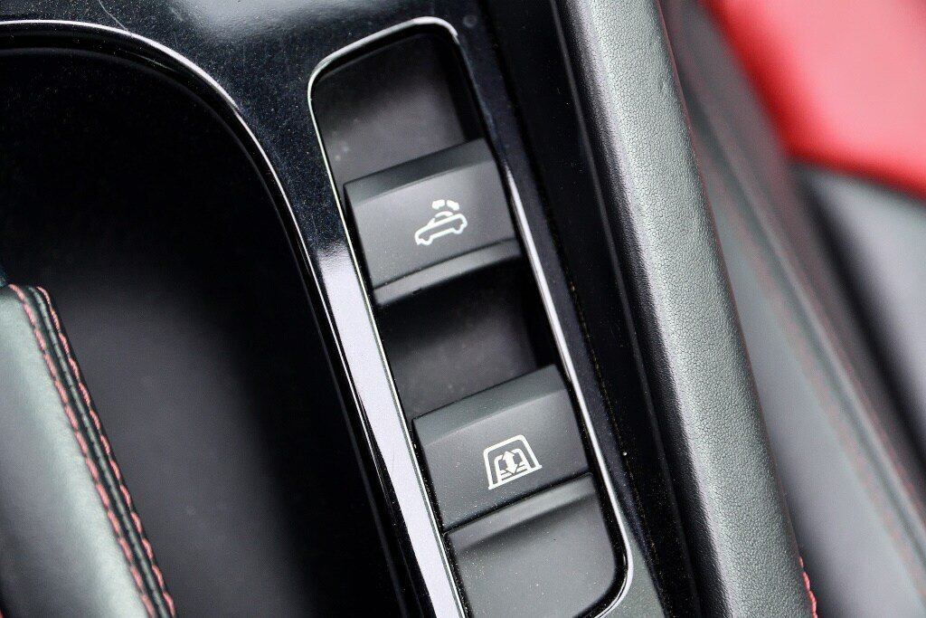 Audi TTS ROADSTER + BLACK OPTICS + RARE 2014 à St-Bruno, Québec - 20 - w1024h768px