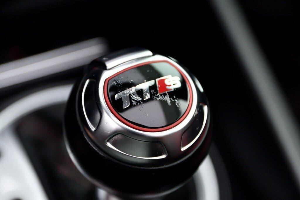 Audi TTS ROADSTER + BLACK OPTICS + RARE 2014 à St-Bruno, Québec - 18 - w1024h768px