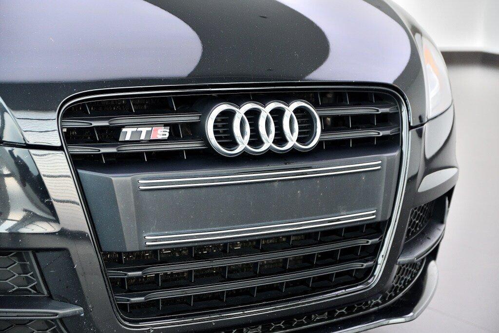Audi TTS ROADSTER + BLACK OPTICS + RARE 2014 à St-Bruno, Québec - 3 - w1024h768px