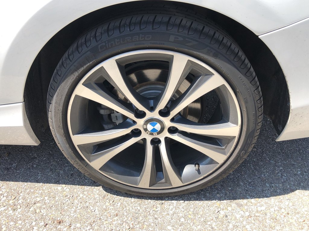 2015 BMW 228i XDrive Coupe in Bolton, Ontario - 8 - w1024h768px
