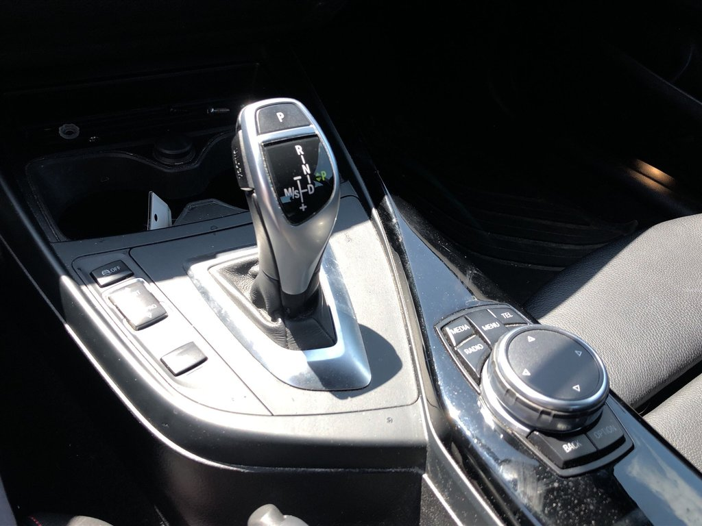 2015 BMW 228i XDrive Coupe in Bolton, Ontario - 14 - w1024h768px