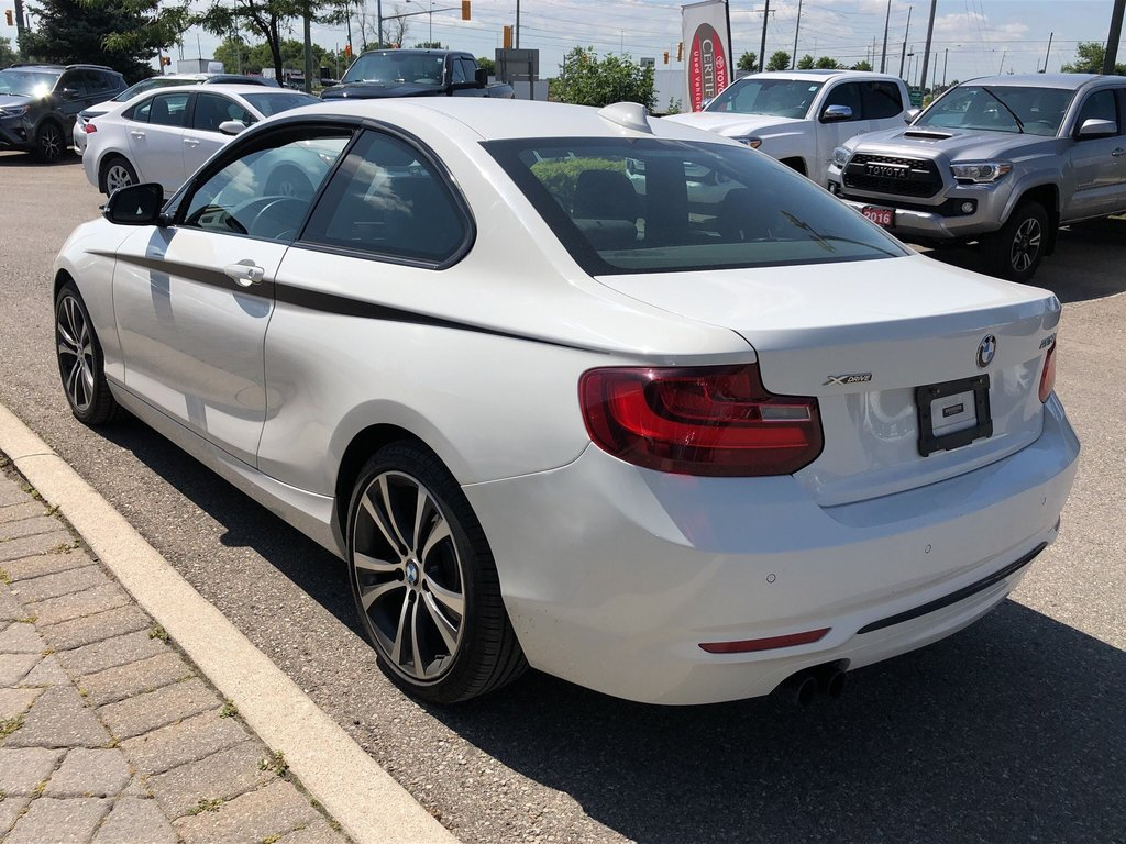 2015 BMW 228i XDrive Coupe in Bolton, Ontario - 7 - w1024h768px