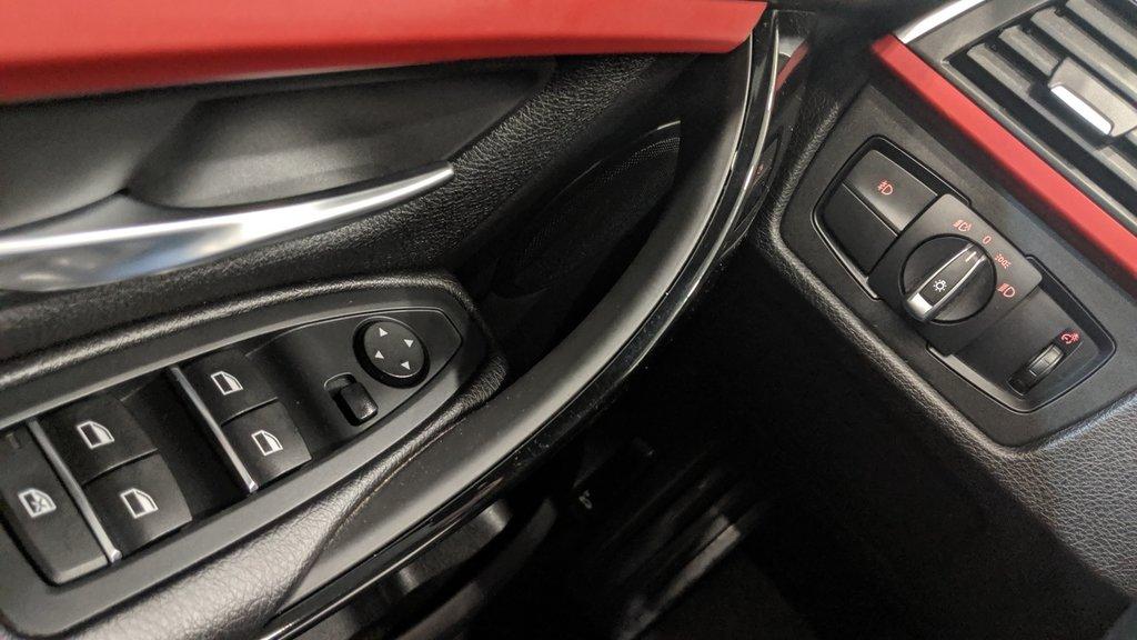 2018 BMW 330i 330I XDRIVE SEDAN in Regina, Saskatchewan - 3 - w1024h768px