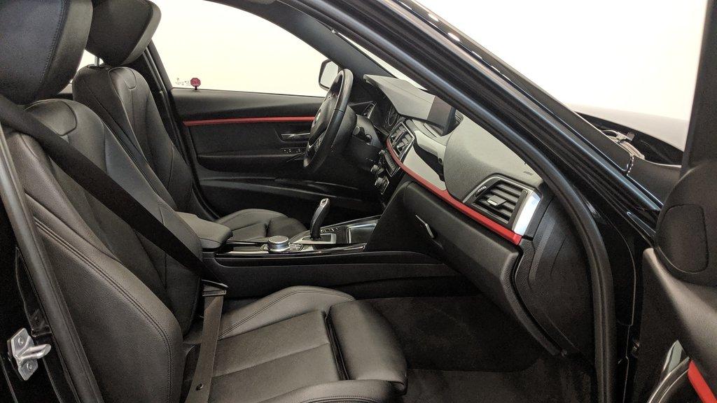 2018 BMW 330i 330I XDRIVE SEDAN in Regina, Saskatchewan - 18 - w1024h768px