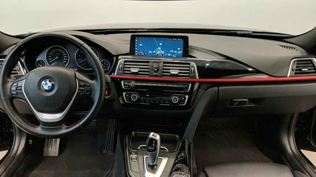 2018 BMW 330i 330I XDRIVE SEDAN in Regina, Saskatchewan - 15 - w1024h768px