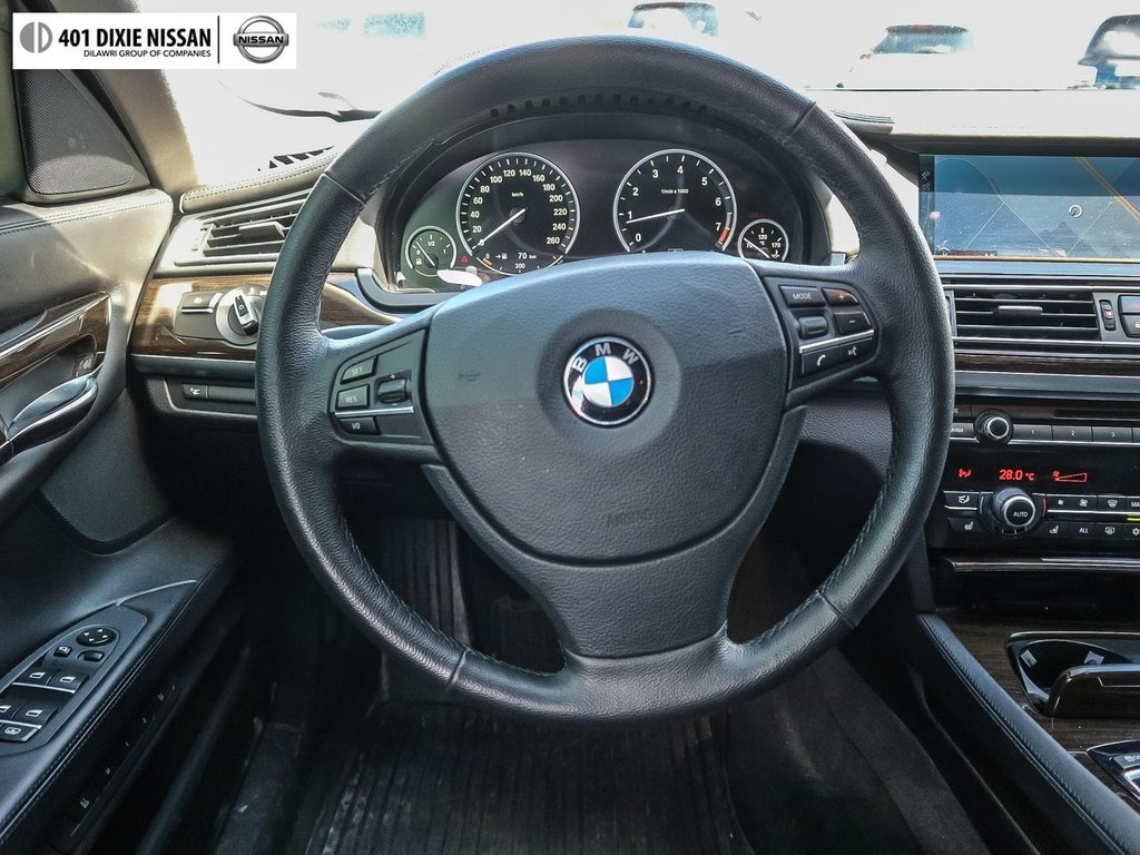 2012 BMW 750i xDrive in Mississauga, Ontario - 10 - w1024h768px