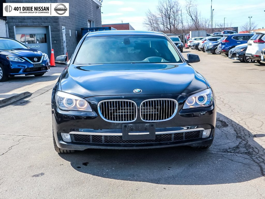 2012 BMW 750i xDrive in Mississauga, Ontario - 2 - w1024h768px