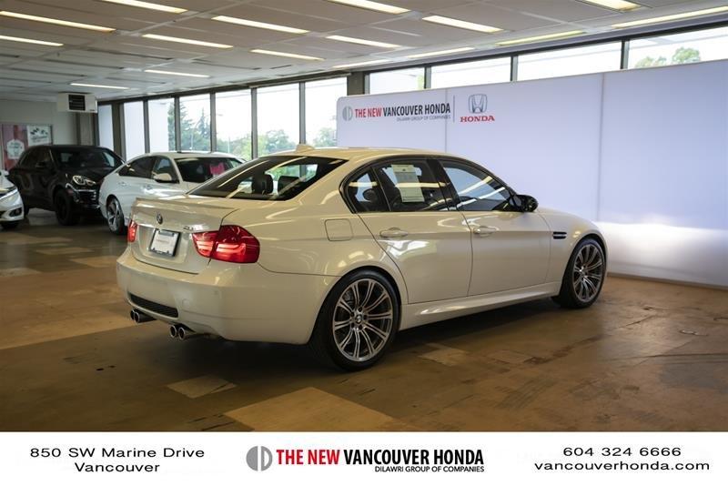 2011 BMW M3 Sedan in Vancouver, British Columbia - 5 - w1024h768px