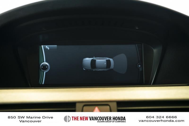 2011 BMW M3 Sedan in Vancouver, British Columbia - 43 - w1024h768px