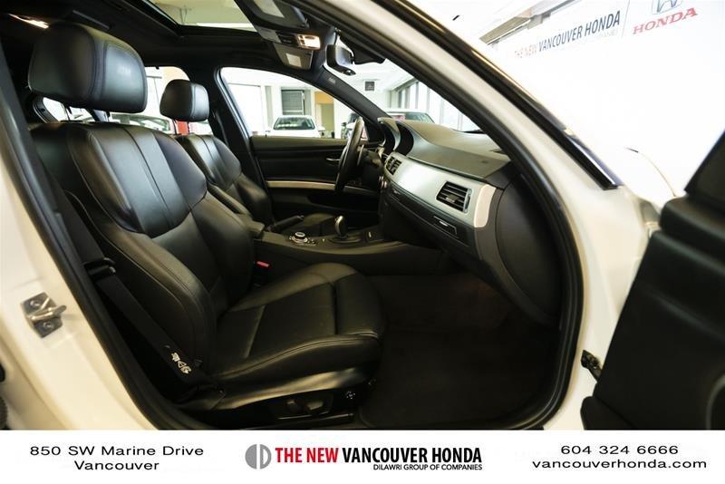 2011 BMW M3 Sedan in Vancouver, British Columbia - 17 - w1024h768px