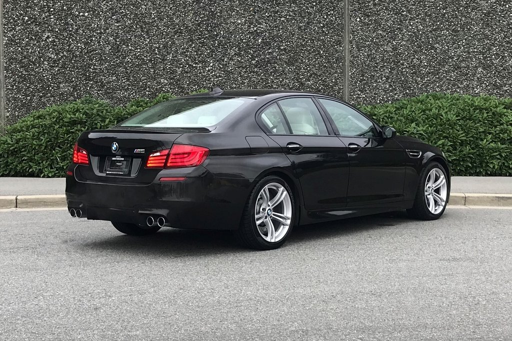 2012 BMW M5 in North Vancouver, British Columbia - 24 - w1024h768px