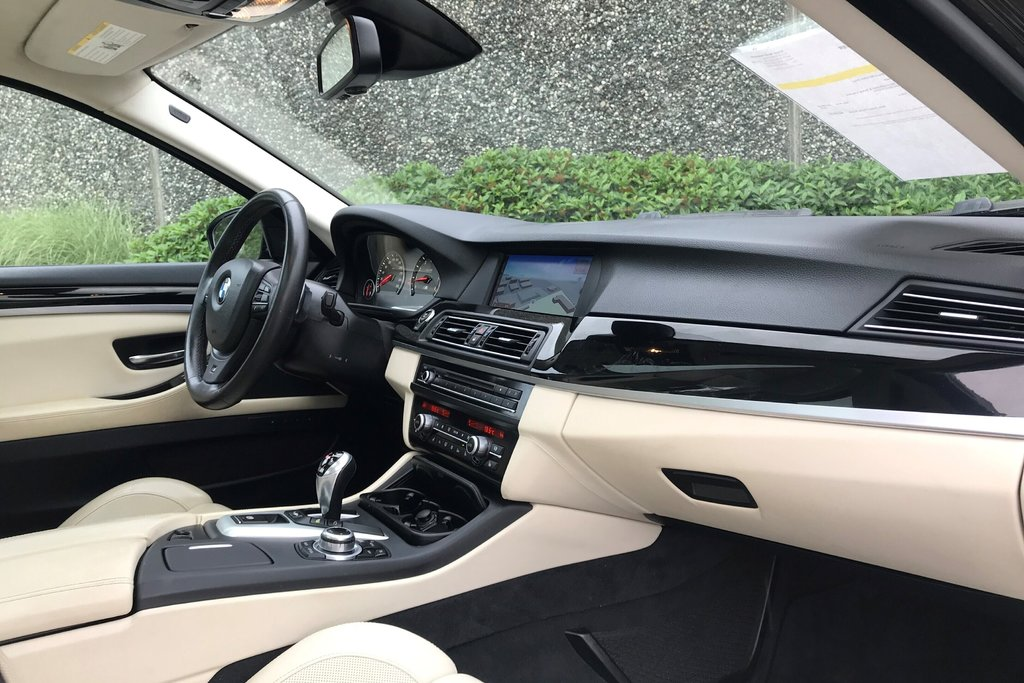 2012 BMW M5 in North Vancouver, British Columbia - 20 - w1024h768px