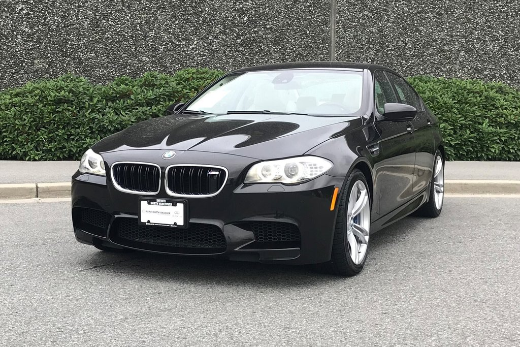 2012 BMW M5 in North Vancouver, British Columbia - 10 - w1024h768px