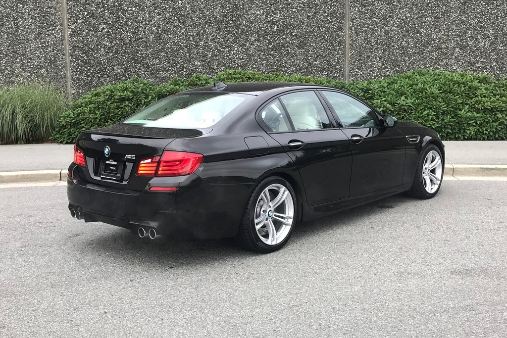 2012 BMW M5 in North Vancouver, British Columbia - 23 - w1024h768px