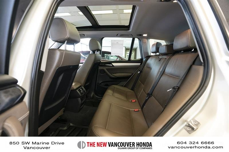 2011 BMW X3 XDrive28i in Vancouver, British Columbia - 12 - w1024h768px
