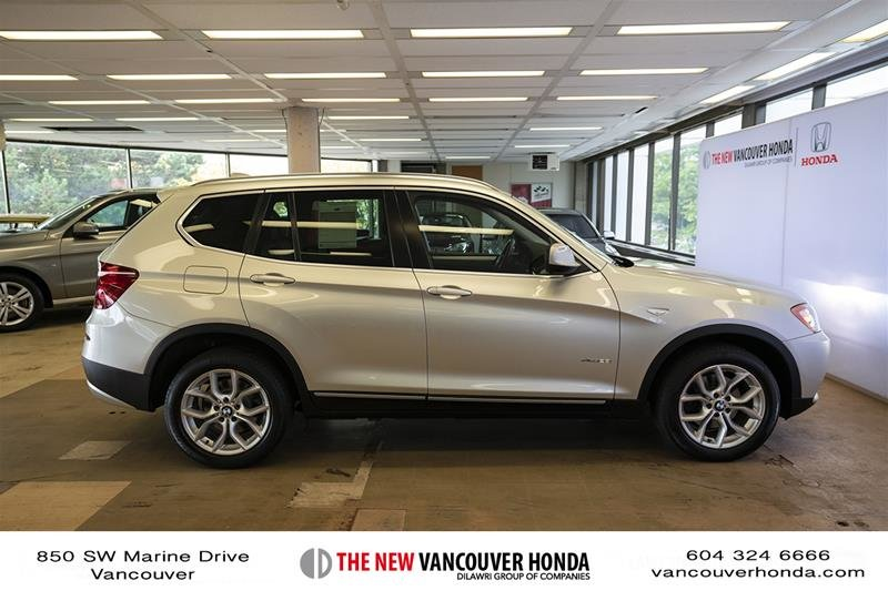 2011 BMW X3 XDrive28i in Vancouver, British Columbia - 4 - w1024h768px