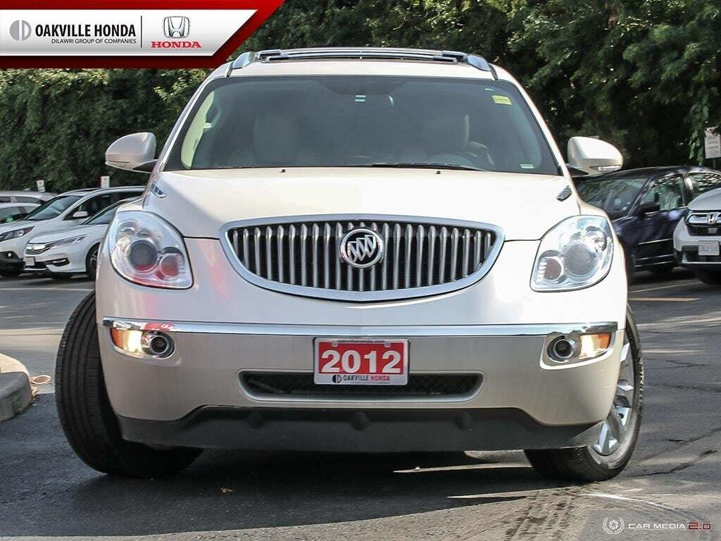 2012 Buick Enclave CXL AWD in Oakville, Ontario - 2 - w1024h768px